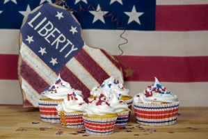 fourth-of-july-food-and-cupcakes
